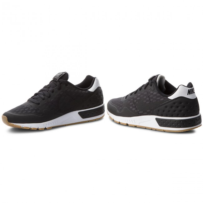 buy popular 7a417 9e3f2 Pantofi NIKE - Nightgazer Lw Se 902818 006 Black Black Gum Light Brown