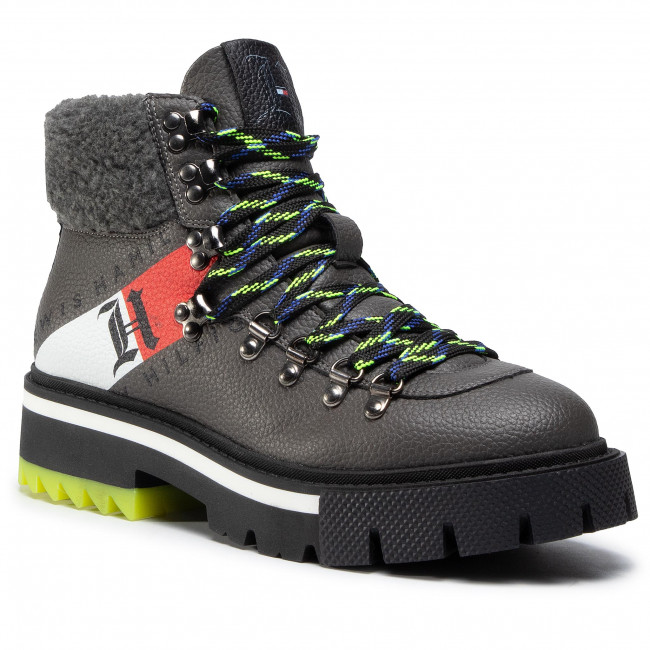 Trappers TOMMY HILFIGER - LEWIS HAMILTON Lh Shearling Chunky Boot FM0FM03218 Carbon Ash GZD